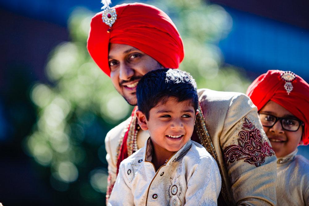 Colorado Indian Wedding photographer, JMGant Photography, capturing colorful, artistic photos.