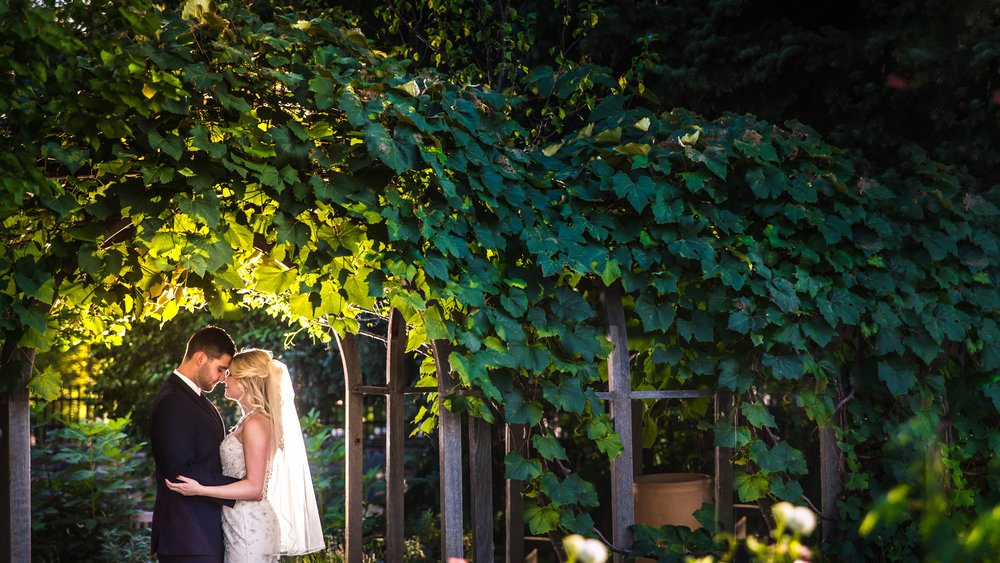 Denver Botanic Gardens Wedding | Denver Colorado wedding photographer | © JMGant Photography | http://www.jmgantphotography.com/