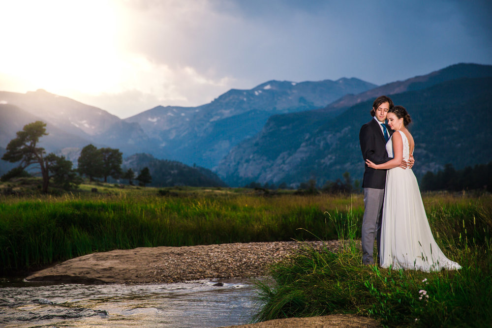 Rocky Mountain National Park Wedding | First look | Colorado wedding photographer | © JMGant Photography | http://www.jmgantphotography.com/
