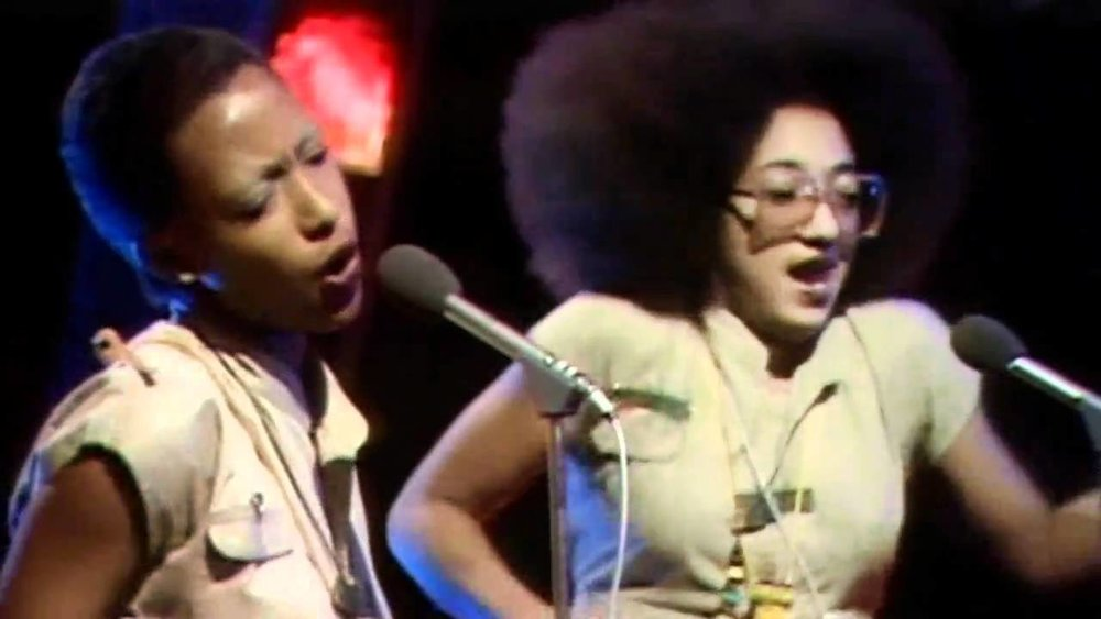 Top ranking Althia Forest and Donna Reid singing on Top of the Pops in 1978