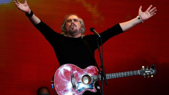 Barry Gibb at the 2017 Glastonbury Festival