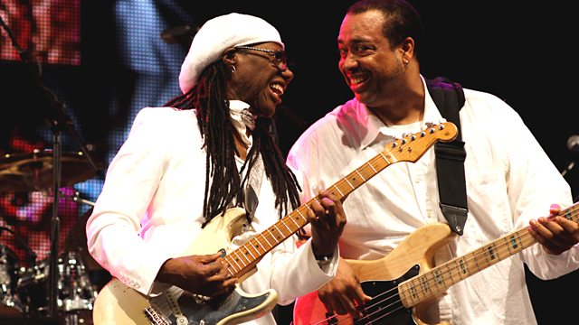 Nile Rodgers with current Chic bass player Jerry Barnes at Glastonbury 2017