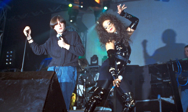 Happy Monday's Rowetta elevates Shaun Ryder back in 1990