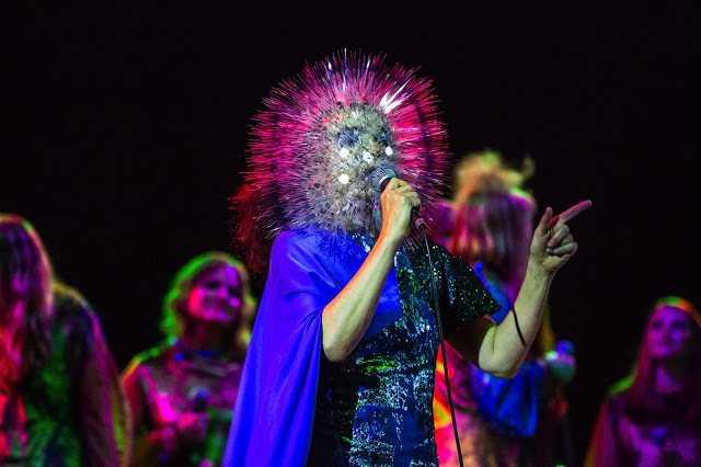Bjork on the Biophilia tour