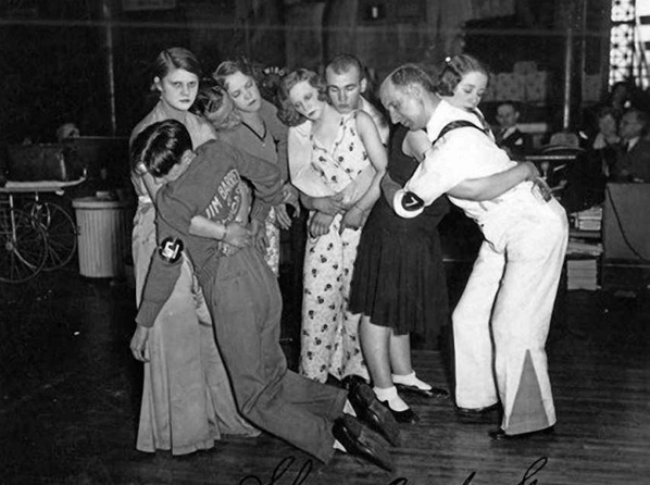 Last four couples in a 1930s dance marathon