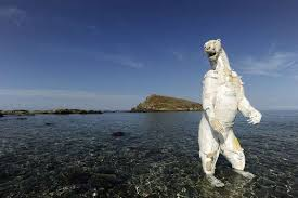 Gilles Cenazandotti –Plastic Beach