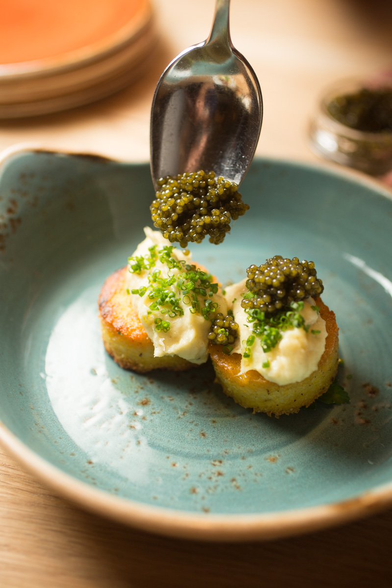 crabcakes-caviar-food-1.jpg