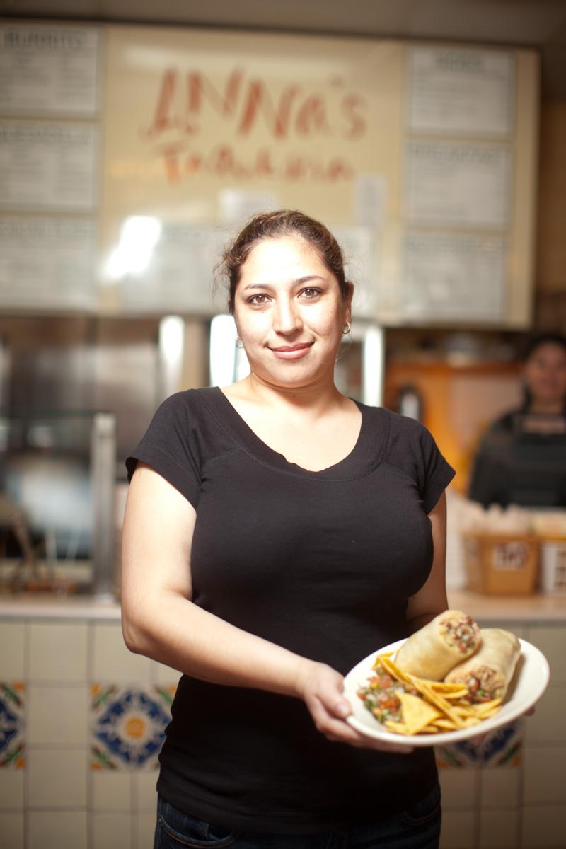 annas-taqueria-chef-burrito-1.jpg
