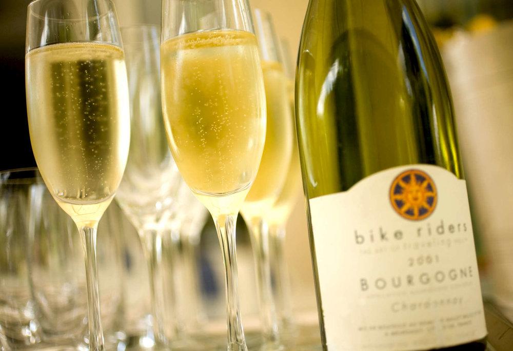 wine-champagne-tasting-1.jpg