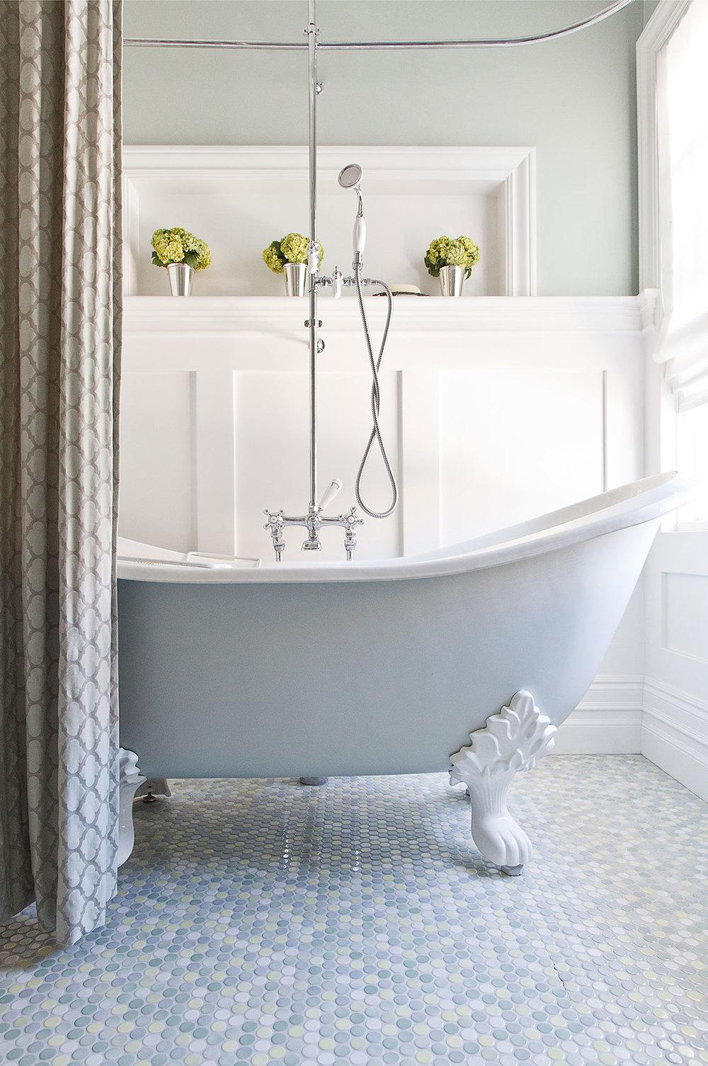 Victorian_Reux_Bath.jpg