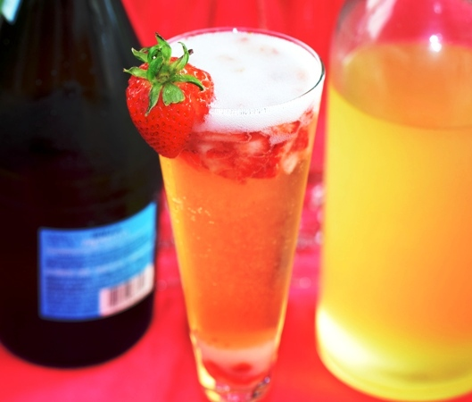Strawberry-Lemon Bellini