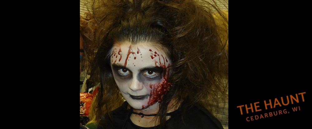cedarburg-WI-haunted-house-costume1.png