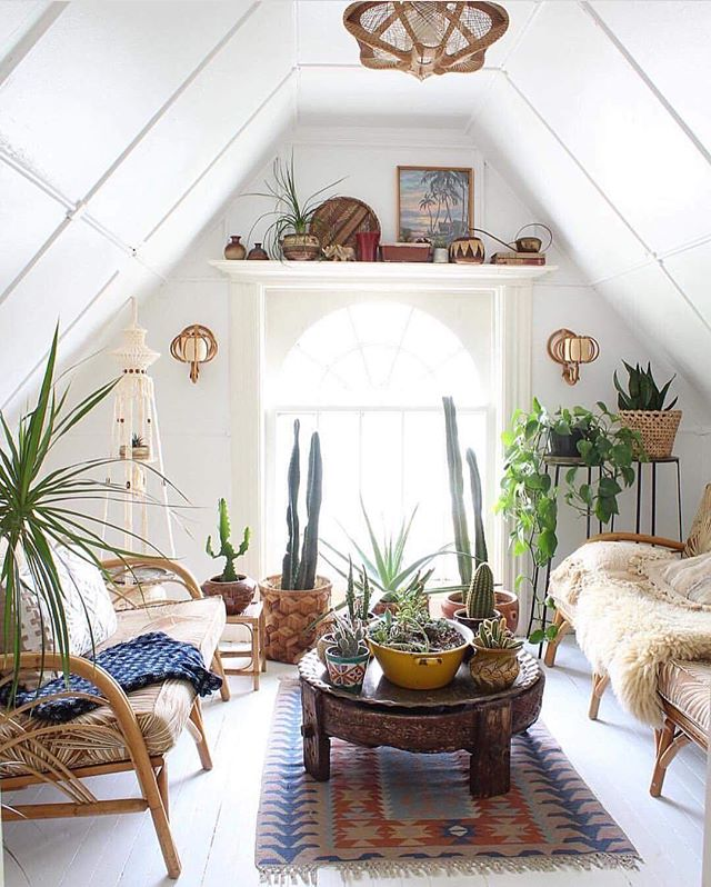 The perfect cocktail nook 🍸🌵 vía @ball_and_claw_vintage  Happy weekending everyone!