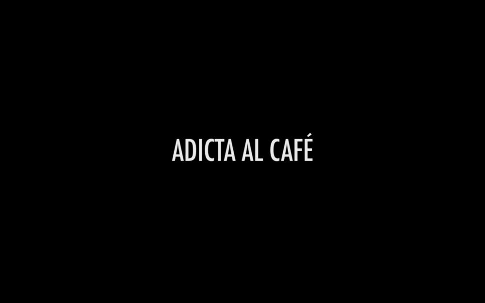 """Cuando Nicole está a punto de reprobar el semestre, una nueva droga conocida como """"café"""" será su única alternativa. // Dale clik para ver un sketch original de la SACMD"""