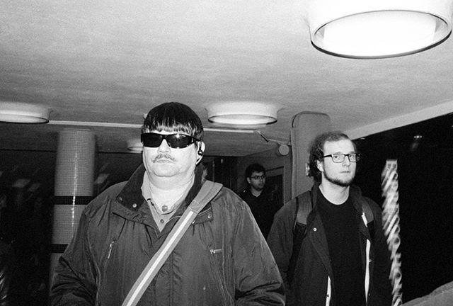 #streetphotography #streettogs #street #flashphotography #streetphoto #streethunters #streetleaks #upsp #leica #leicam6 #m6 #gatufoto #candid #burnmyeye #strobist #streetphotography_bw #streetsby @streetsby #ourstreets #buyfilmnotmegapixels #analog #analogphotography #filmphotography #stockholm #leicacamera #leicaphoto #28mm #leica_photos #voigtlander #trix #kodak #gatufoto