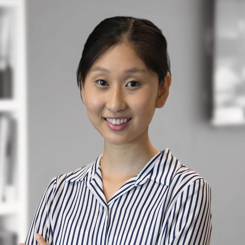 Deborah Han - ConsultantBComm
