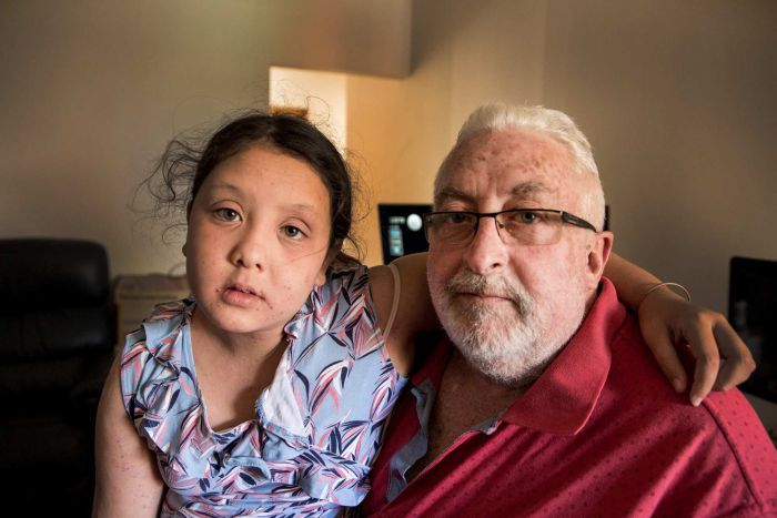 Photo:  David Boyd and his daughter Kali Boyd in their two-bedroom apartment in Penshurst. (ABC News: Mridula Amin )