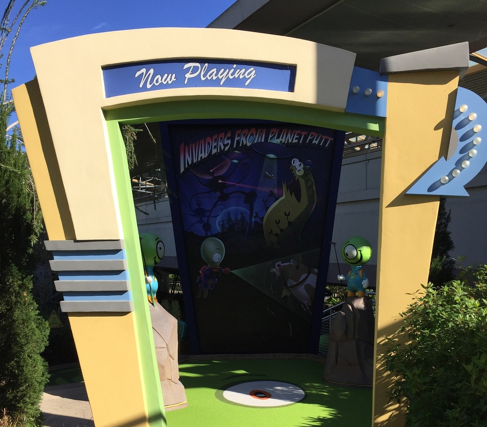 Invaders From Planet Putt Entrance at Hollywood Drive In Golf