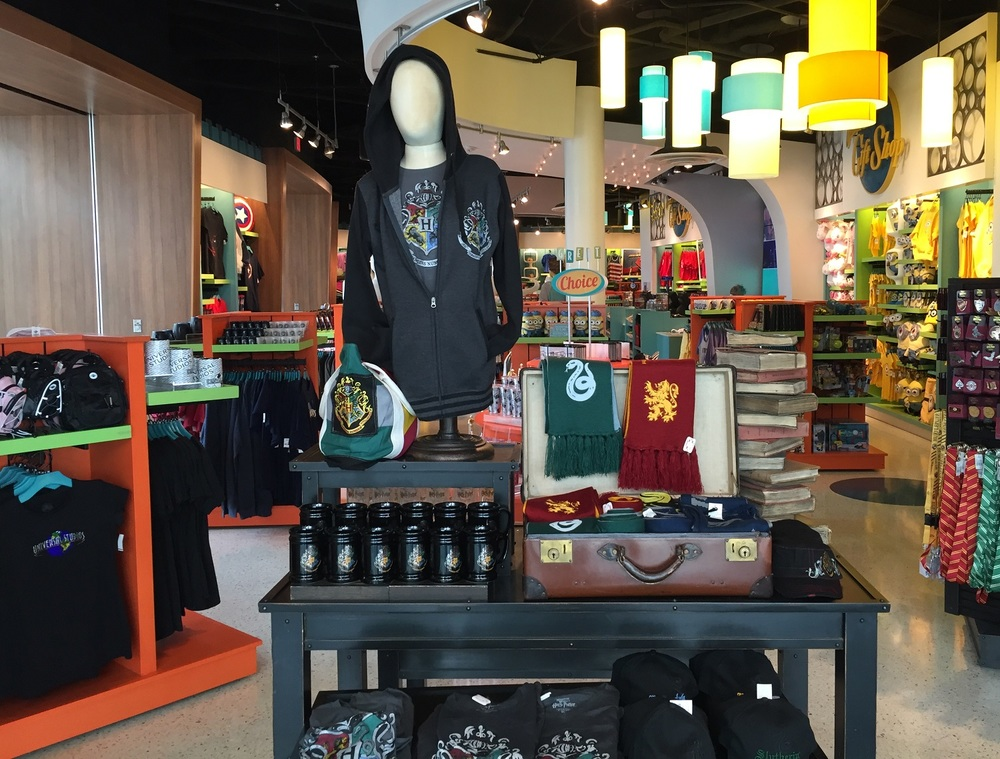 Harry Potter Items in Universal Gift Shop at Cabana Bay