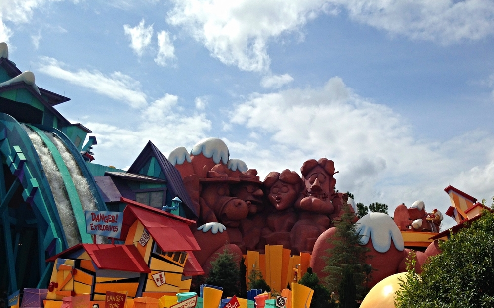 Dudley Do-Right's Ripsaw Falls Monument of Dudley and his Friends