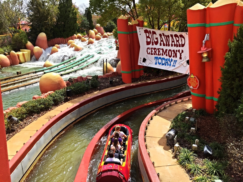 Big Award Ceremony Sign on Dudley Do-Right's Ripsaw Falls