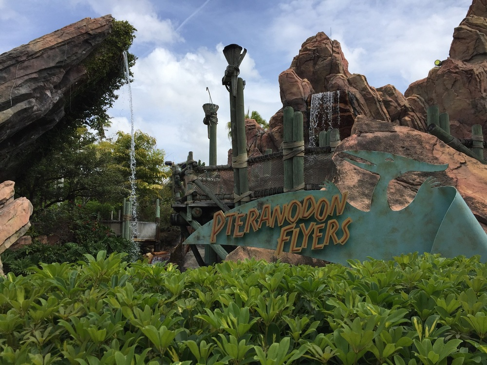 Pteranodon Flyers Entrance Sign