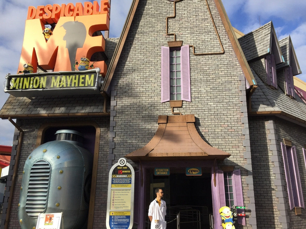 Despicable Me Minion Mayhem Entrance