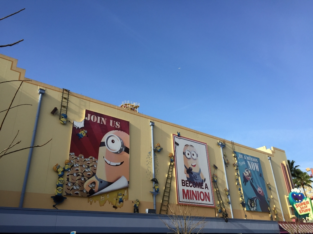 Despicable Me Minion Mayhem Exterior