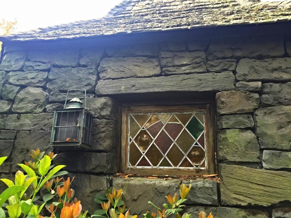 View of Hagrid's Hut in Dragon Challenge Queue