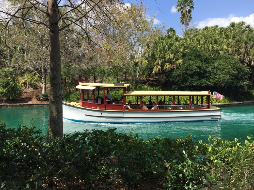 Universal Orlando's free water taxi.