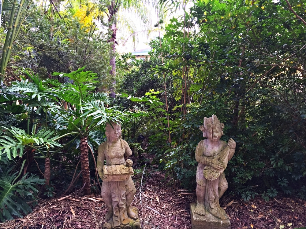 Loews Royal Pacific Resort Garden Statues