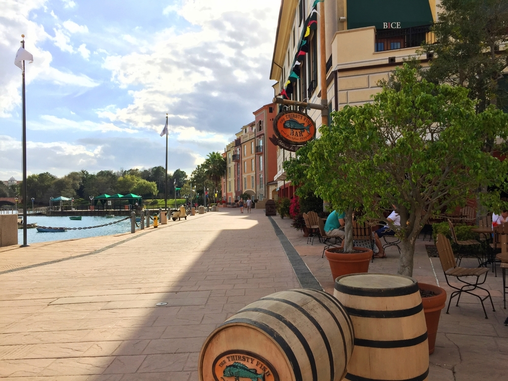 Thirsty Fish Bar at Loews Portofino Bay Resort