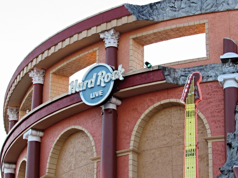 Hard Rock Live hosts concerts, comedy shows, awards ceremonies, beauty pageants, competitions, and other special ticketed events.