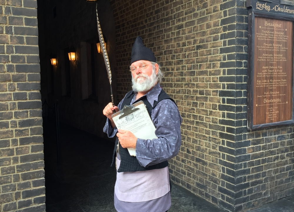Leaky Cauldron Wizard