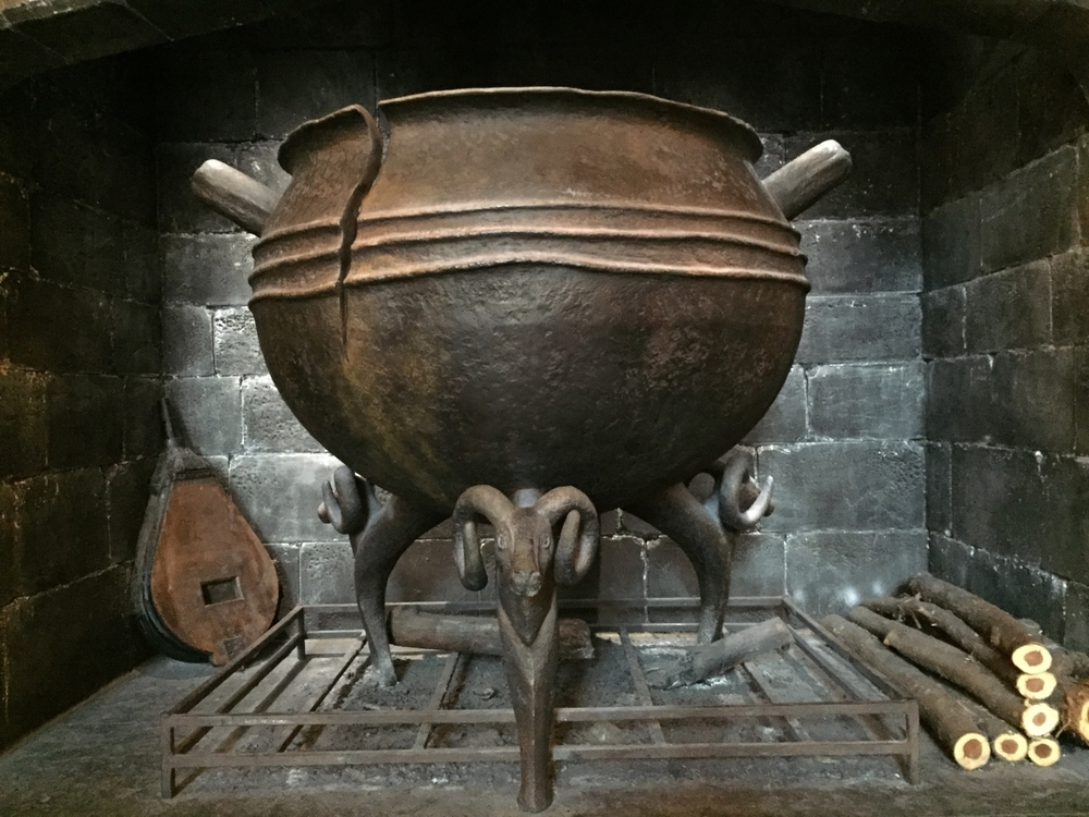 Leaky Cauldron Hearth