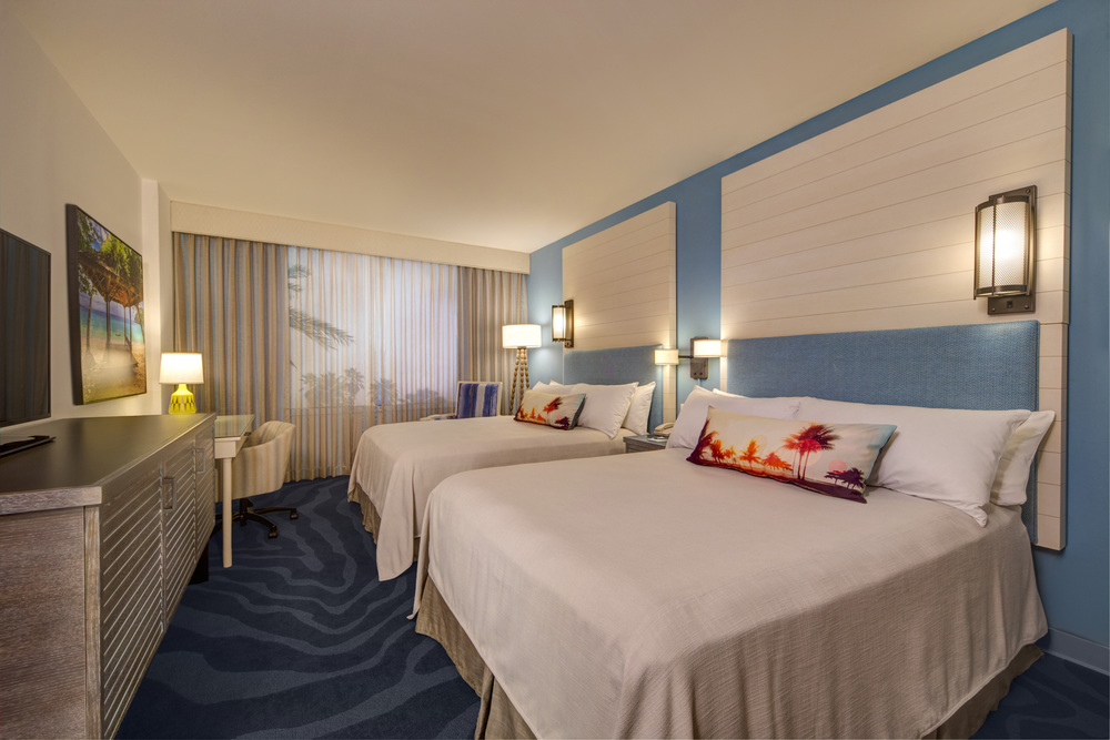 Standard room at Loews Sapphire Falls Resort. Image credit: Universal Orlando Resort.