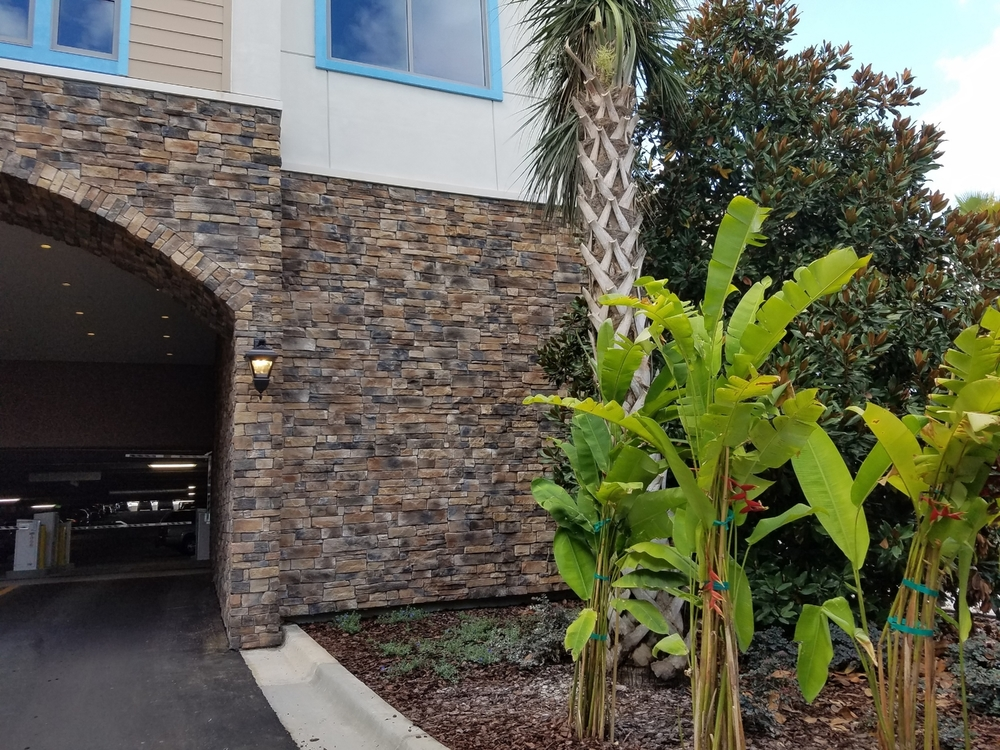 Entrance of the Loews Sapphire Falls Resort parking garage.