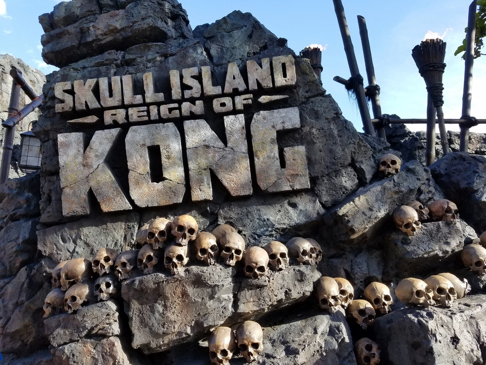 Skull Island: Reign of Kong Sign
