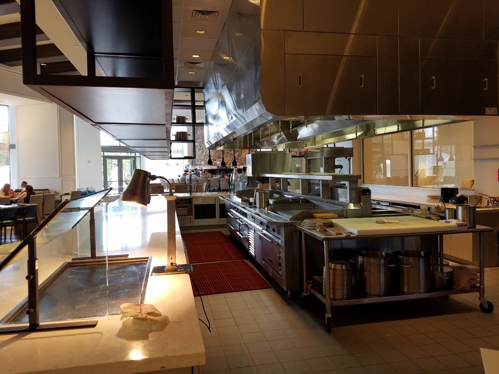 Kitchen View in Amatista Cookhouse
