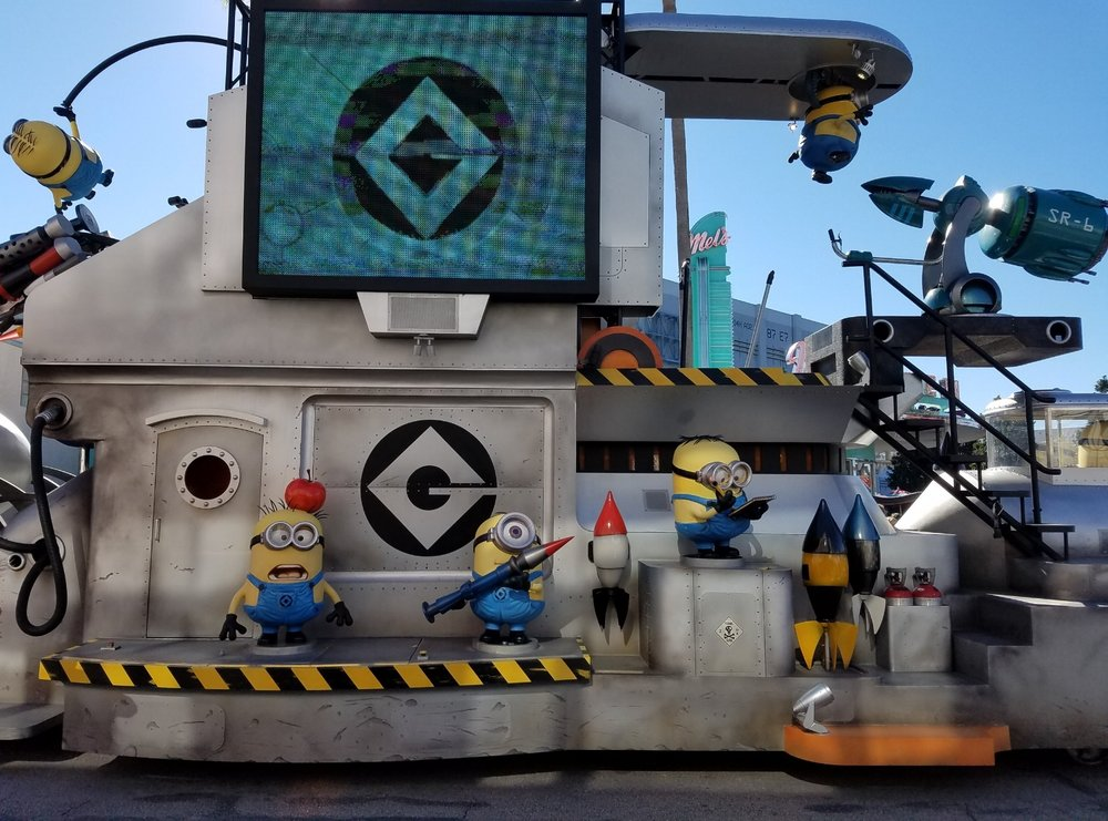 The Despicable Me Float in Universal's Superstar Parade.