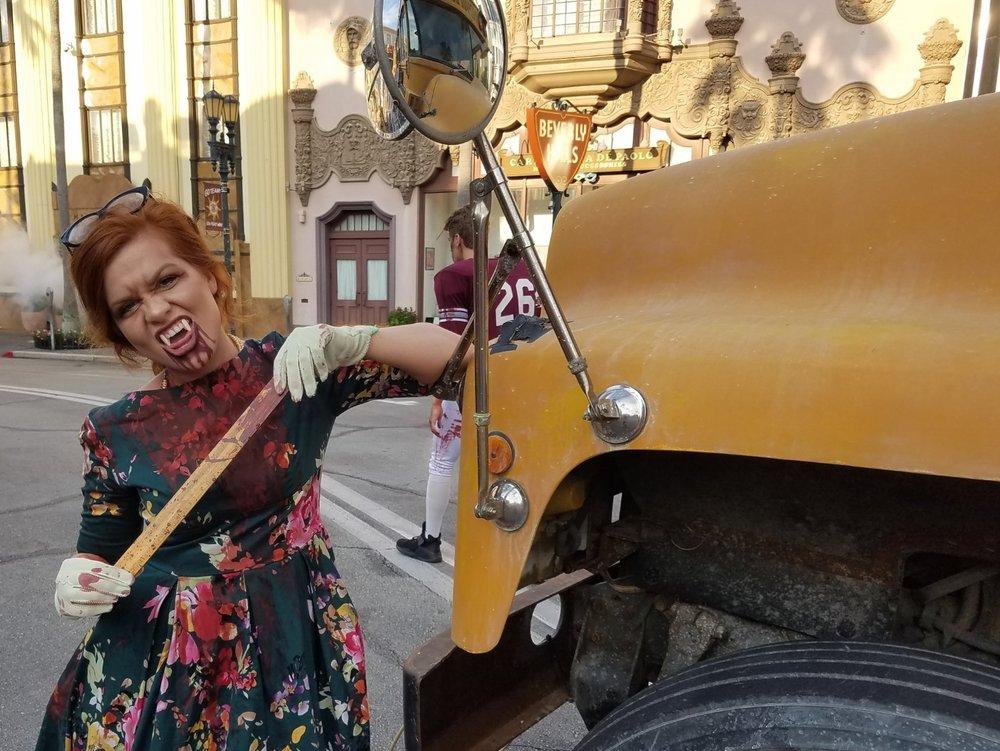 Vamp '55 Scare Zone at Halloween Horror Nights 2016.