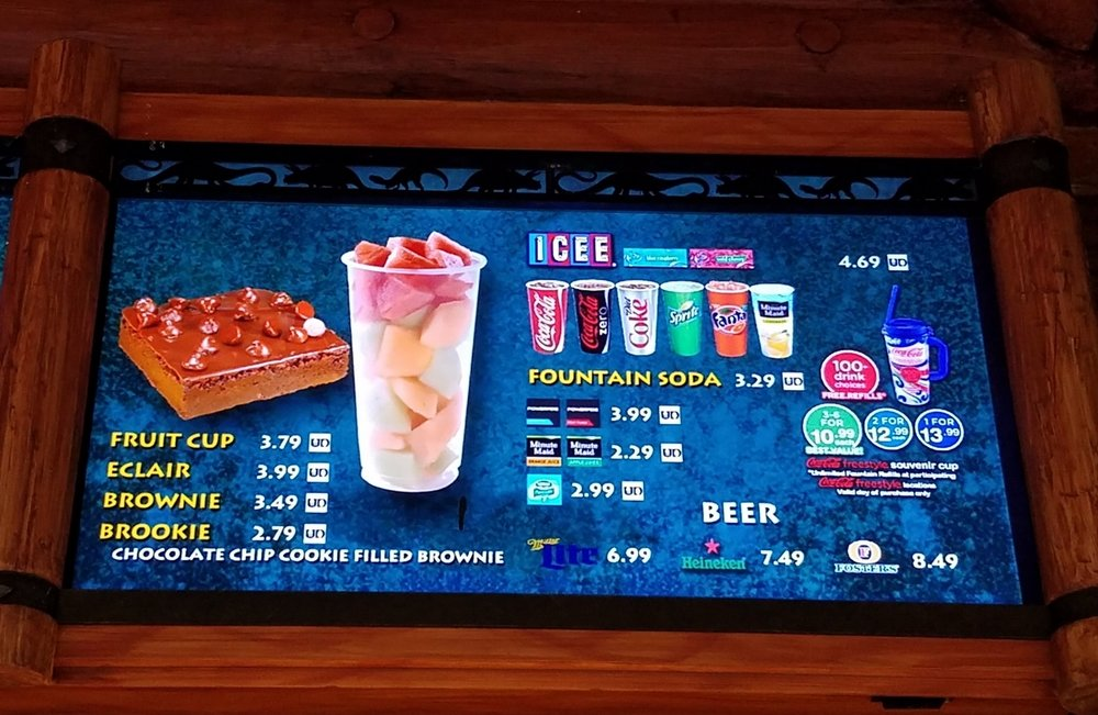 Pizza Predattoria menu with beverages and desserts.