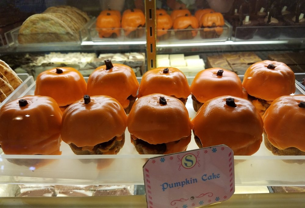 Pumpkin Cakes at Sugarplum's Sweet Shop.