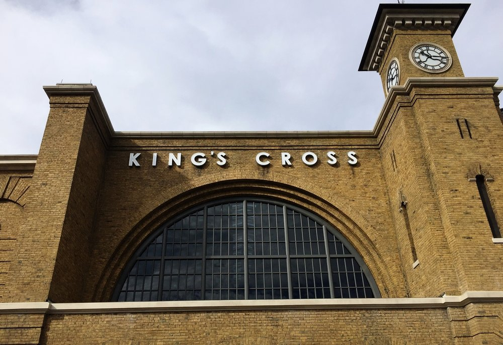 Hogwarts Express - King's Cross Station - Train Ride