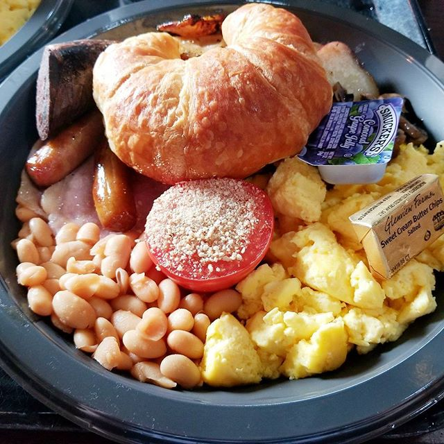 English Breakfast and American Breakfast from Three Broomsticks. $16.99 each. #UniversalOrlando #WizardingWorld #HarryPotter #Hogsmeade #ThreeBroomsticks #Breakfast