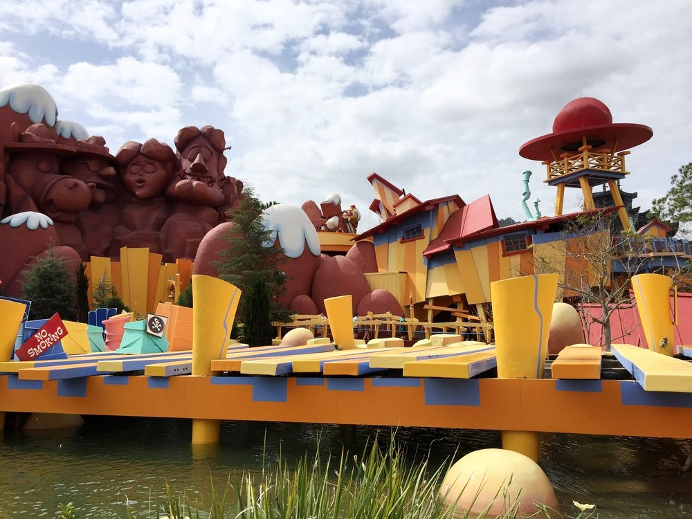 Dudley Do-Right's Ripsaw Falls ride features characters from the Dudley Do-Right cartoon.