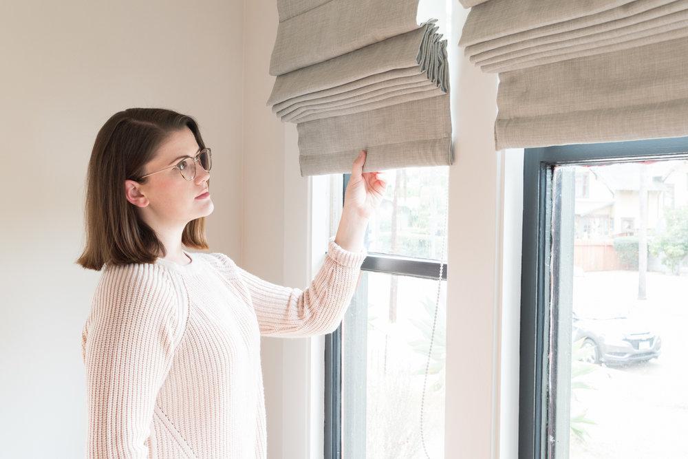 pulling blinds-0143.jpg