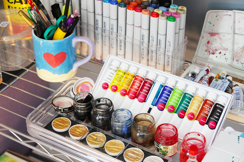 Inks in every color! Shout out to Finetec for making sweet gold palettes.