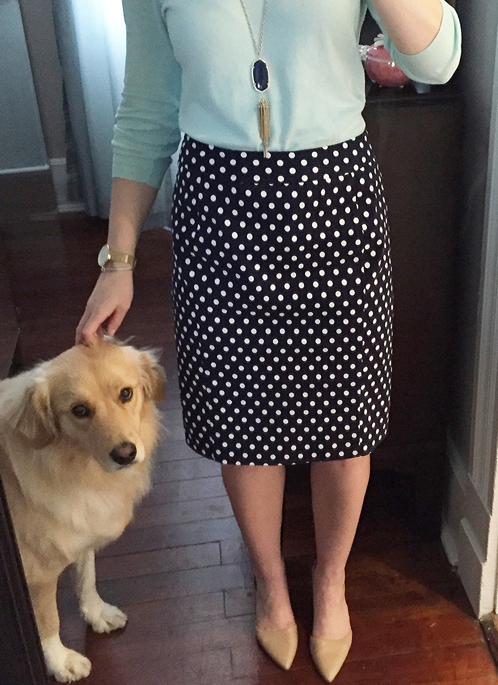I'm sporting my new pencil skirt in this post-workday, slightly wrinkled outfit selfie.