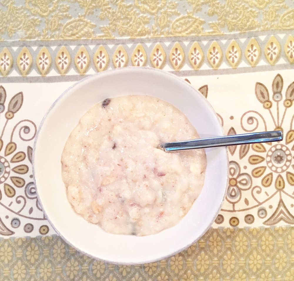 Y'all, it's really hard to take a good picture of oatmeal.